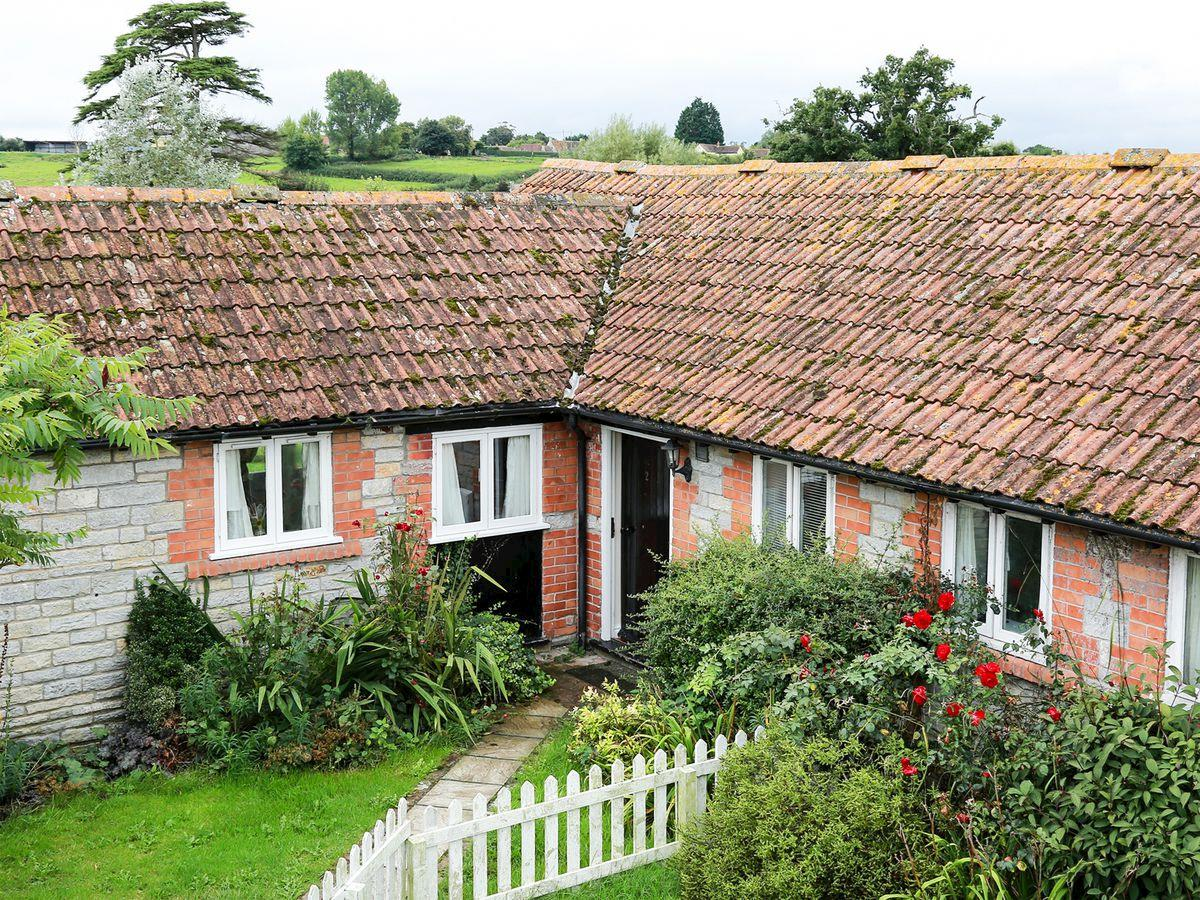 Click here for more about Duck Egg Cottage