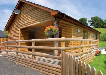 Heartsease-Lodges