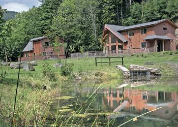 Penvale-Lake-Lodges