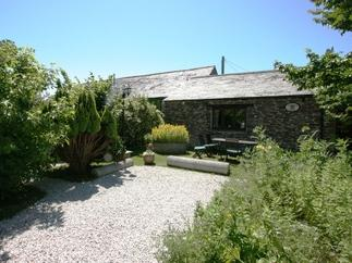 Click here for more about Treveglos Barn
