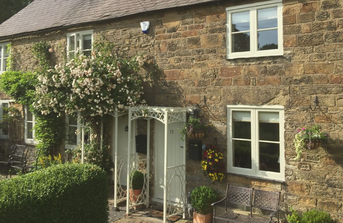 Click here for more about Jasmine Cottage