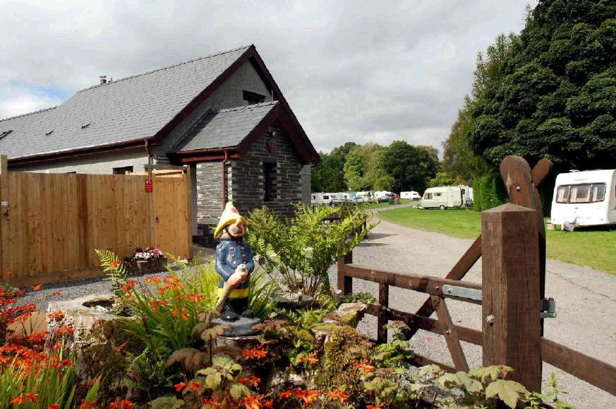 Tyn Cornel Camping and Caravan Park