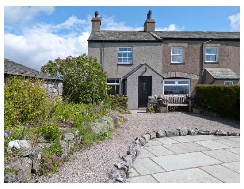 Click here for more about Pye Hall Cottage