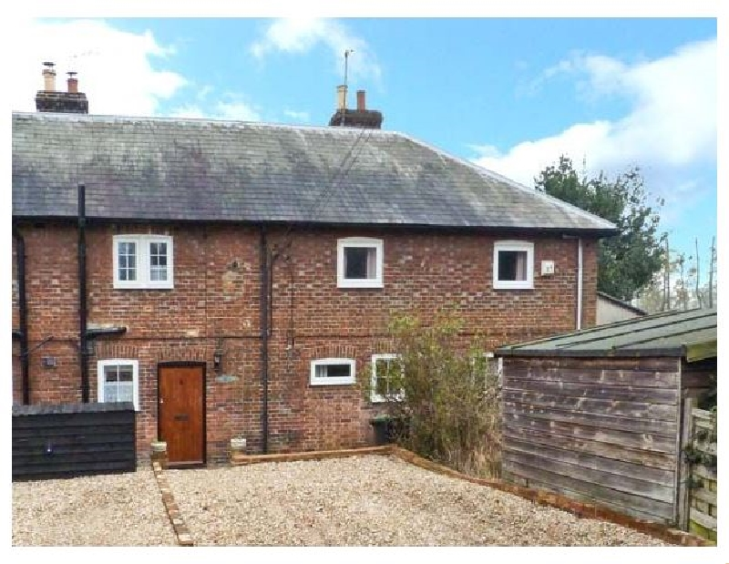 Click here for more about 3 Apsley Cottages