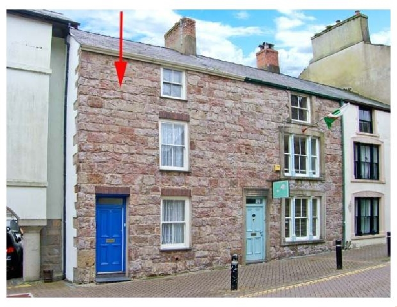 Click here for more about Castle Street Cottage
