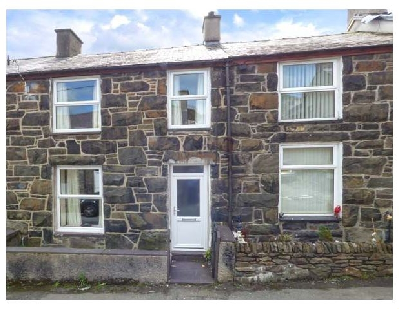 Click here for more about Snowdonia Cottage