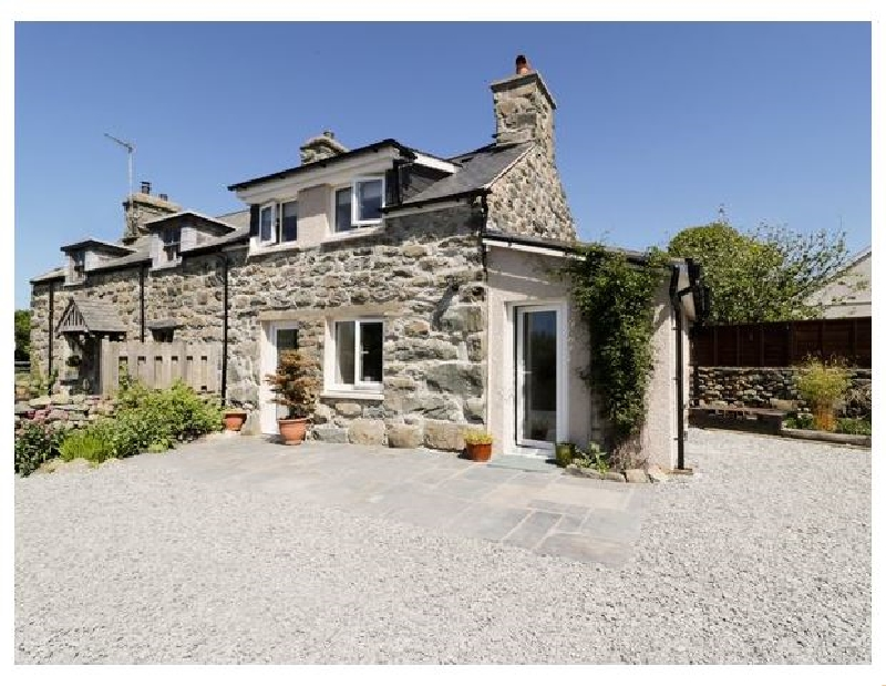Click here for more about 2 Borthwen Cottages
