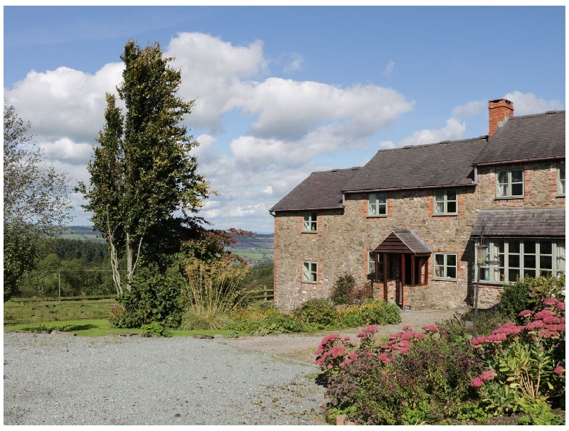 Click here for more about Heron Cottage