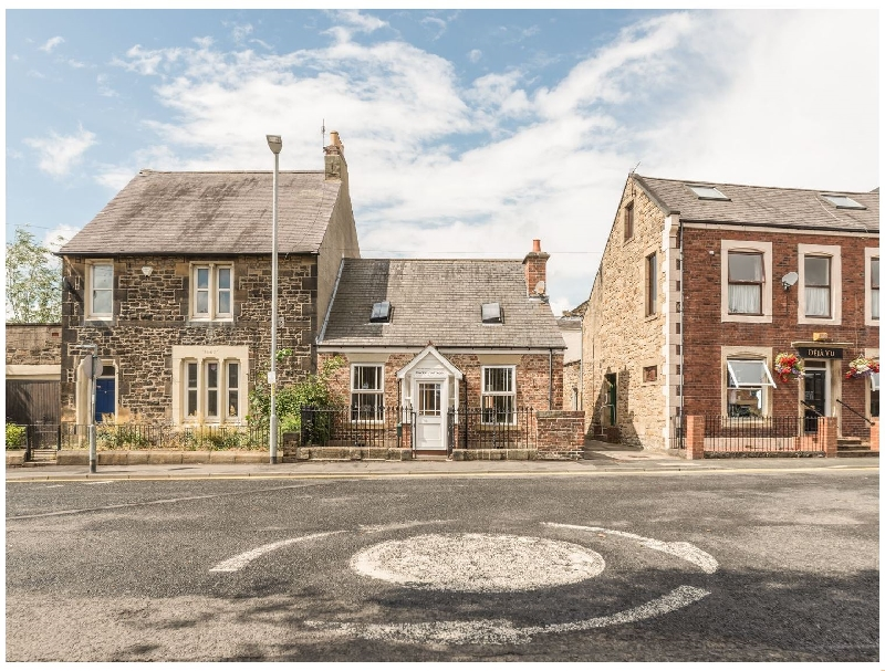 Click here for more about Dacre Cottage