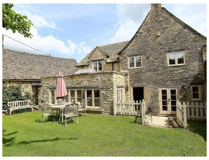 Click here for more about Coach House Burford