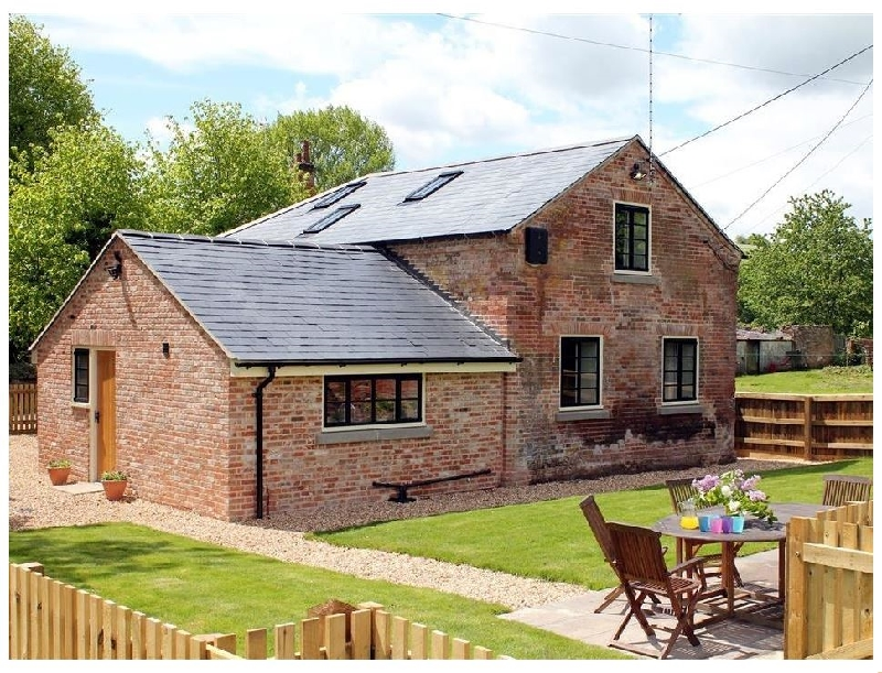 Click here for more about Duck's Cottage