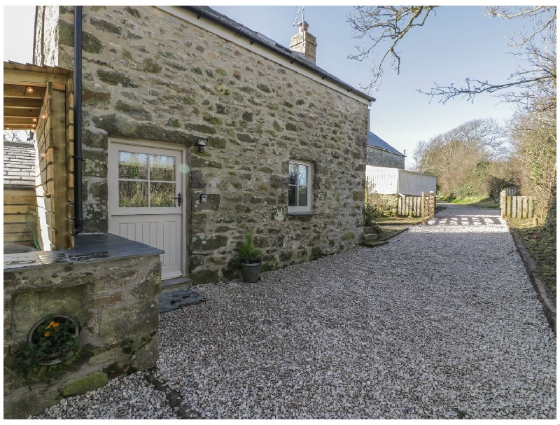 Click here for more about Owl Cottage