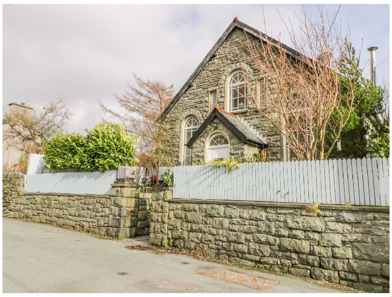 Click here for more about Horeb Chapel House
