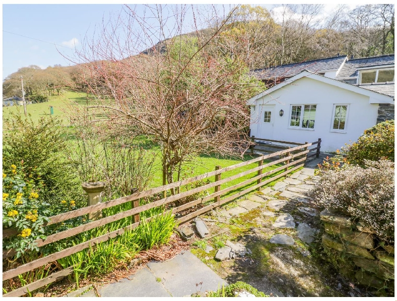 Click here for more about Dolgoch Falls Cottage
