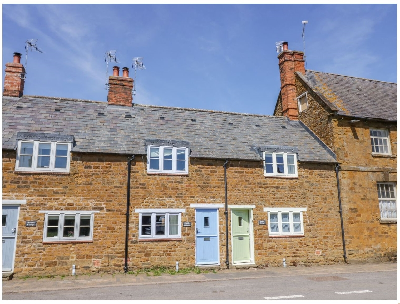 Click here for more about Treacle Cottage