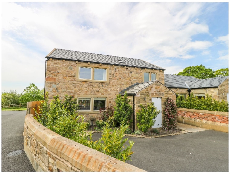 Click here for more about Waddow Cottage