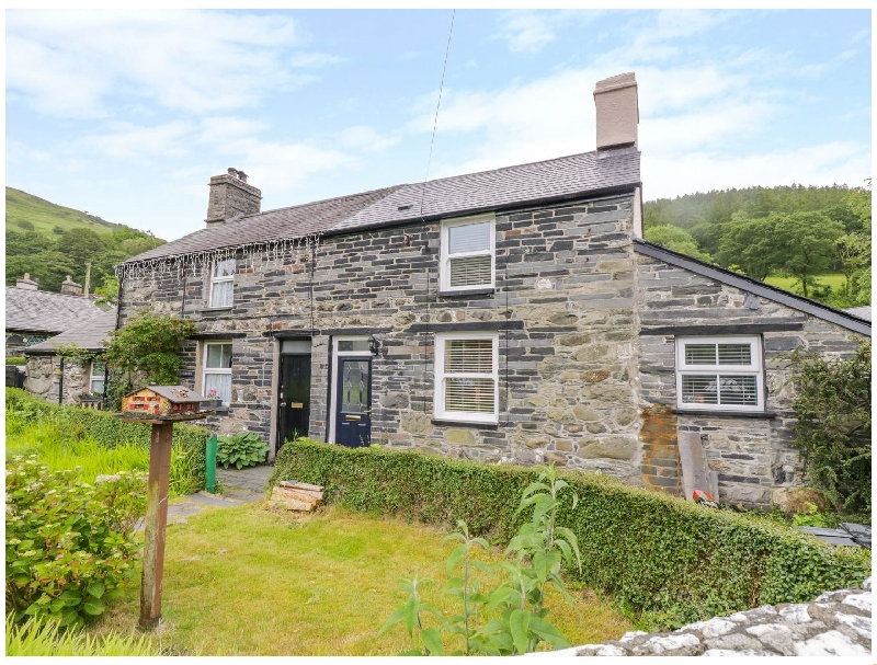 Click here for more about Arthur's Cottage
