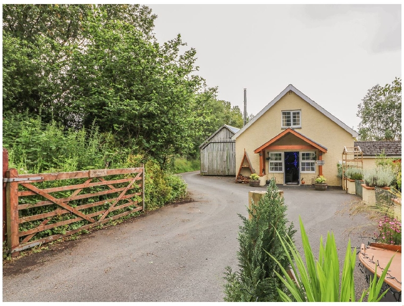 Click here for more about Cariad Cottage