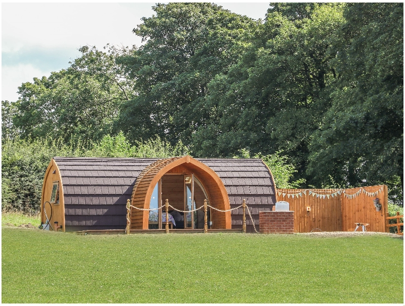Click here for more about Dandelion @ Hedgerow Luxury Glamping
