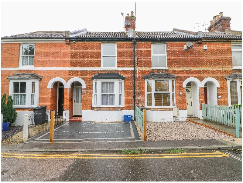 Click here for more about 32 Lansdown Road