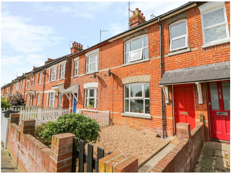 Click here for more about 119 Hadleigh Road