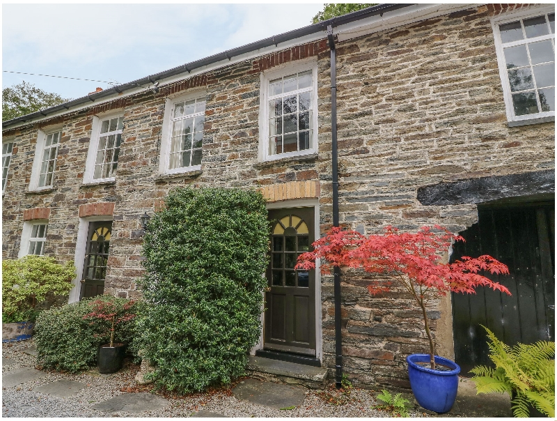 Click here for more about Waterwheel Cottage