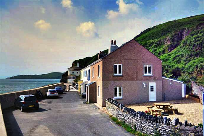 Click here for more about 29 Beesands